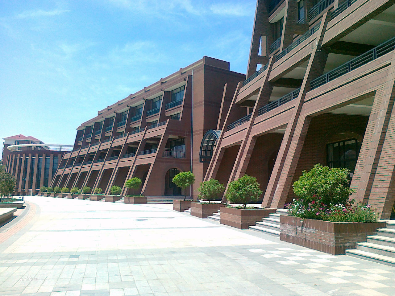 青岛理工管理学院-青岛理工大学黄岛校区的军训时间是几天 谢谢了,大神帮忙啊