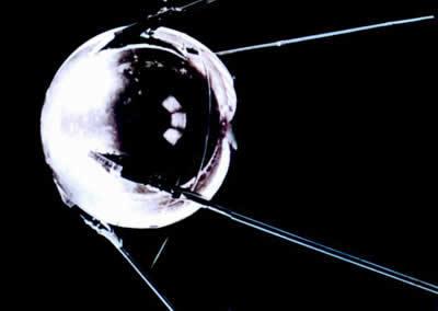 苏联宣布成功地把世界上第一颗绕地球运行的人造卫星