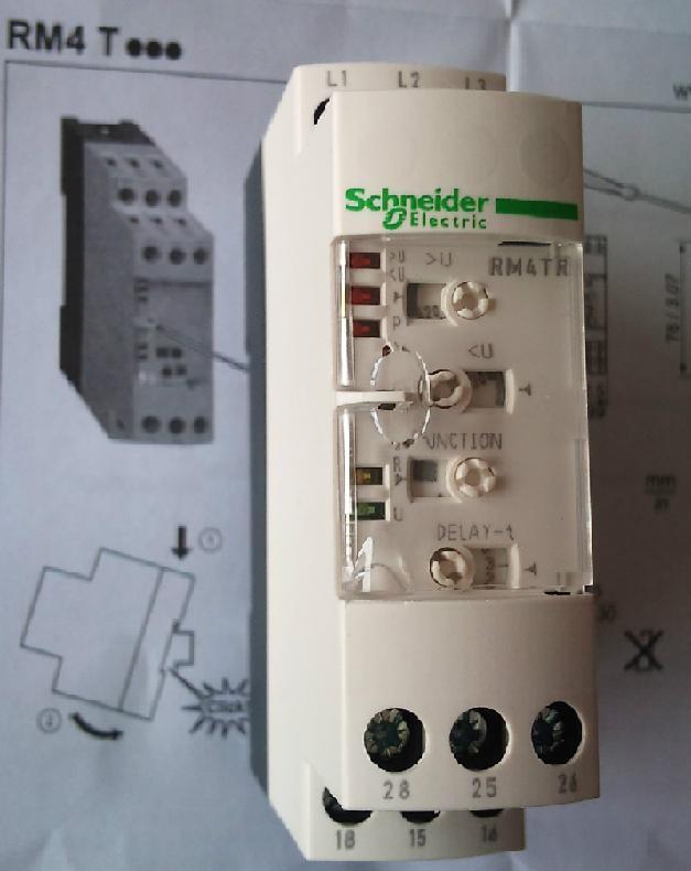 v,w(有的是r,s,t或l1,l2 ,l3)三个接线点,相序保护器的辅助触点一般有